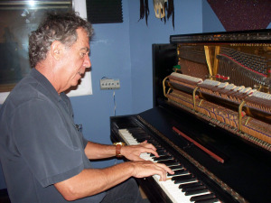 Bob Fraioli on the Studio Steinway at Eclipse Recording Company